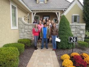 Interior Design students tour houses in area