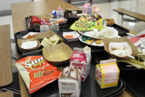 Students still apathetic about keeping lunchroom clean