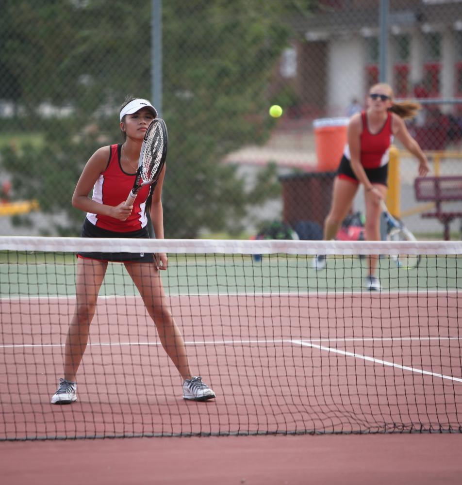 Varsity Girls Tennis VS Shawnee Mission East