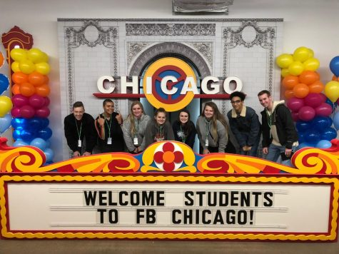 Journalism students visit Chicago