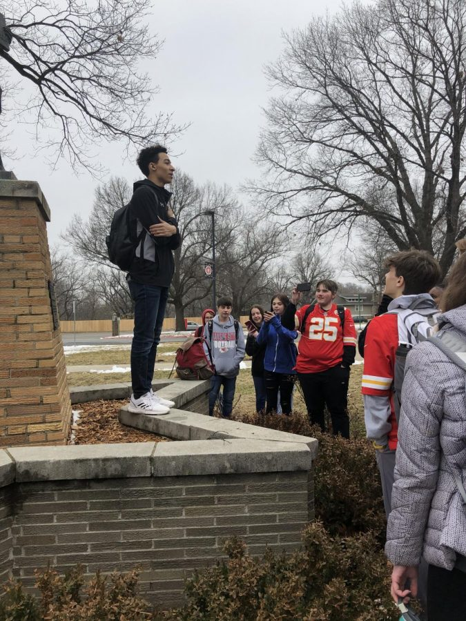 SM North students walk out in protest of teacher contract negotiation results